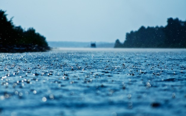 120313 e1368369868994 Beautiful Rain Wallpapers For Your Desktop